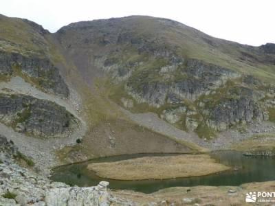 Andorra-País de los Pirineos; mochilas excursion parque natural urbasa andia sierra de gata fotos se
